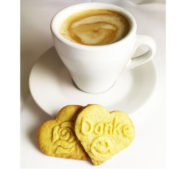 Embossed-Biscuits-Heart