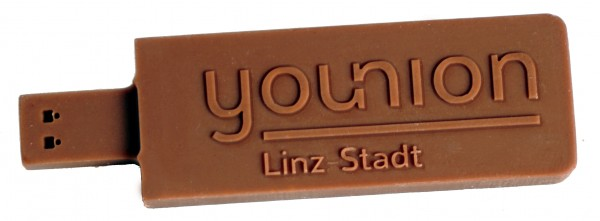 chocolate-USB-Stick-bespoke-with-logo
